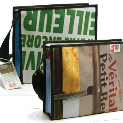 Sac en bâche publicitaire recyclée Lu Reversible éco design