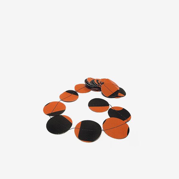 Guirlande pastilles orange en bâche publicitaire recyclée