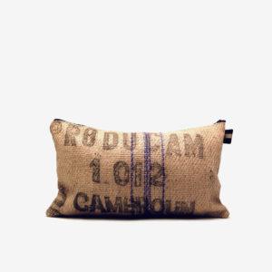 Coussin en toile de jute de cafe reversible recycle