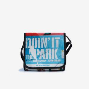 sac en bache recyclee bleue reversible eco design