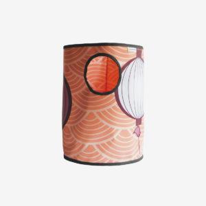 corbeille orangée en bâche publicitaire recyclée