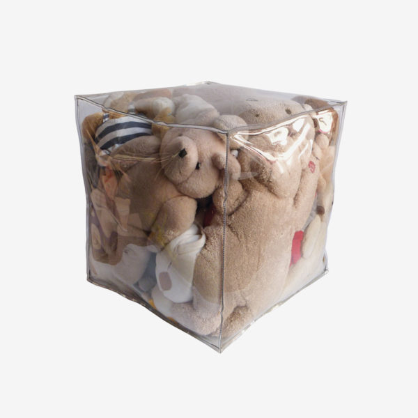 pouf transparent rempli de peluches reversible eco design