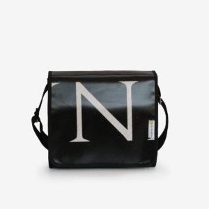 sac en bache publicitaire recyclee graphique noire et blanc made in France
