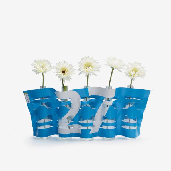 vase bleu ciel en bâche publicitaire recyclée
