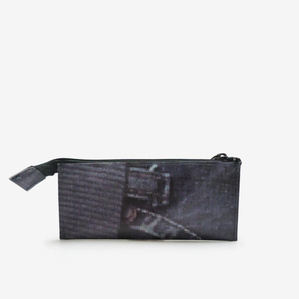 trousse ecolier jean dos en bache recyclee reversible upcycling