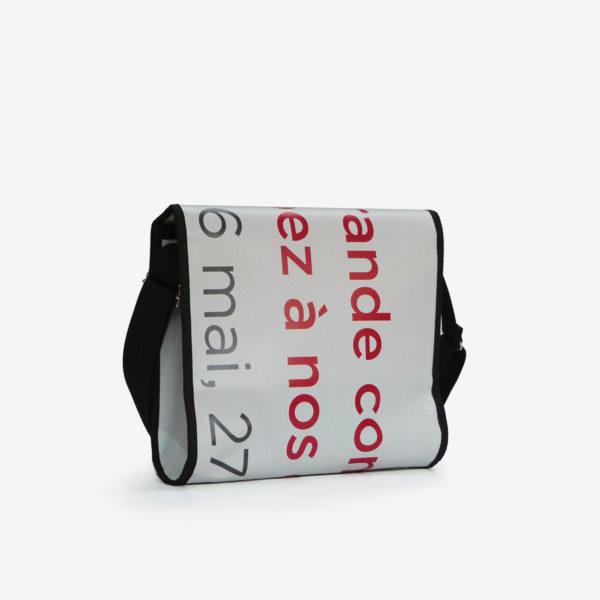 10 dos upcycling sac en bache publicitaire reversible