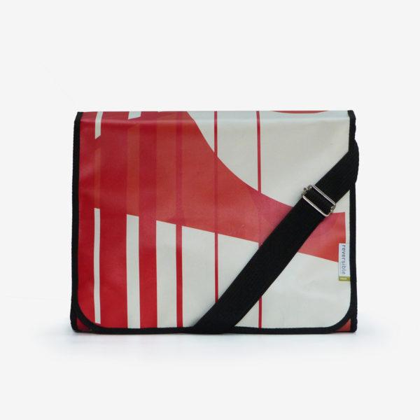 sacoche graphique rouge en bâche publicitaire