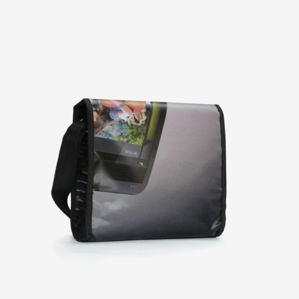 9 dos upcycling sac en bache publicitaire reversible