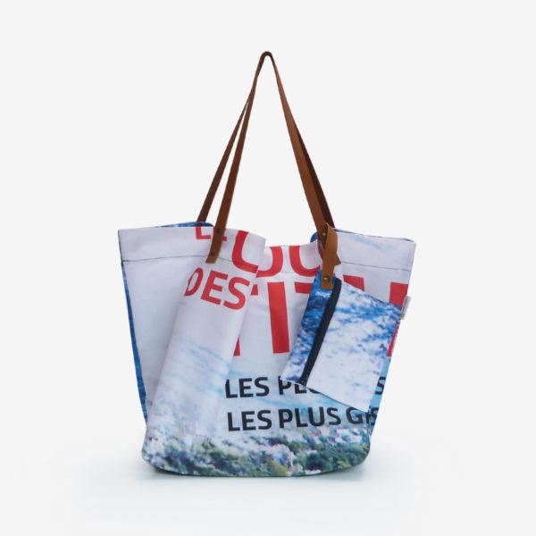 cabas de plage en toile publicitaire image mer