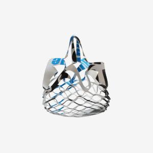 sac filet déplié blanc en bâche publicitaire recyclée.