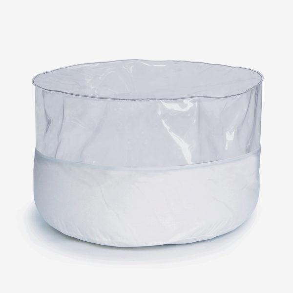 pouf rond transparent et toile parapente blanche.