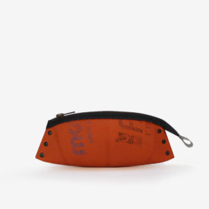 Trousse en ballon de basket orange.