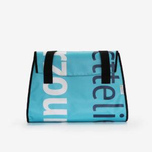 04 Sac en bâche publicitaire recyclée bleue typo blanche.