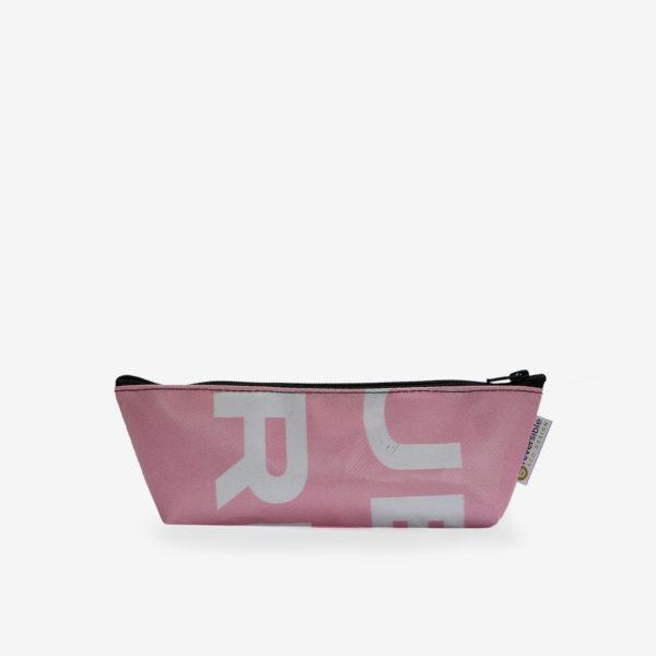 Trousse en bâche publicitaire recyclée rose clair.