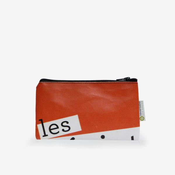 Trousse plate en bâche publicitaire recyclée orange textes blancs