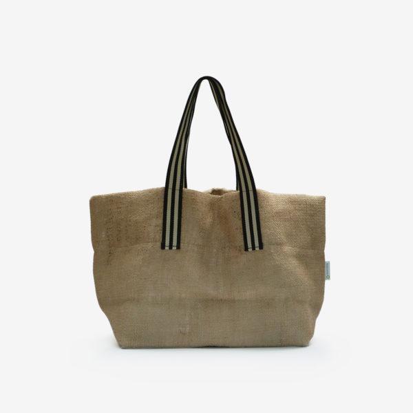 Dos Cabas en toile de sac de transport de café importé du Bresil.