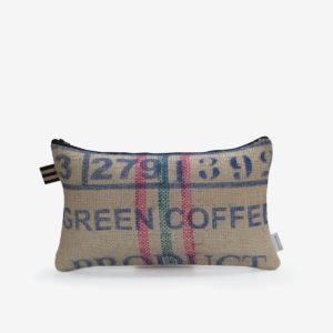 1 coussin en sac de transport de café.