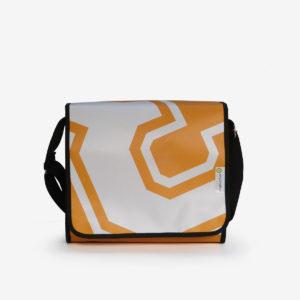 55 Sac besace graphique en bâche publicitaire orange.