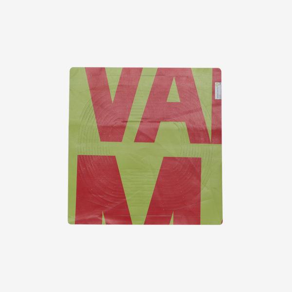 35 Sac filet pliable en bâche publicitaire verte et rouge.