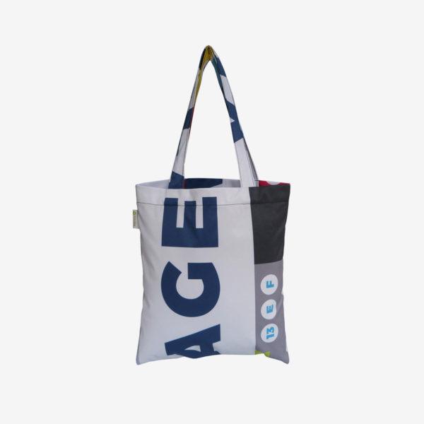 11 tote bag en toile publicitaire graphique.