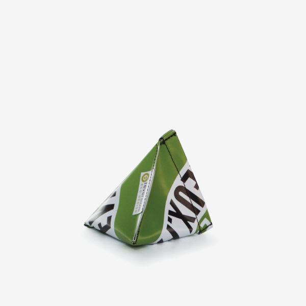 24 Porte-monnaie en bâche publicitaire recyclée verte.