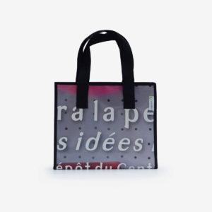 45 sac cabas en bâche publicitaire violine.